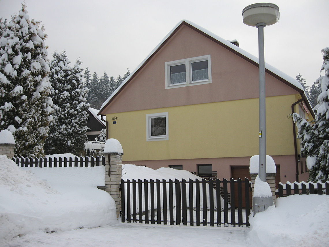 Privát Blanka - Front View in Winter